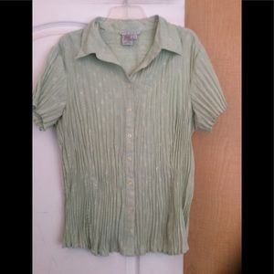 Preowned Light green textured women top plus 2X